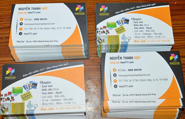 Card visit có vai trò rất quan trọng trong hoạt động giao tiếp hiện nay