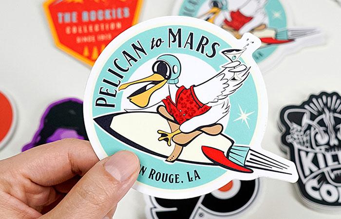 In Hoàng Nam nhận làm sticker theo số lượng khách yêu cầu