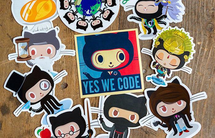Mẫu thiết kế sticker in thực tế