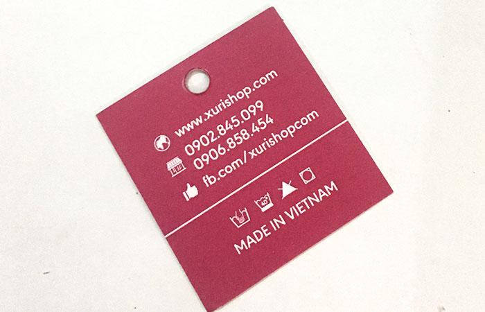 In thẻ treo quảng cáo cho thương hiệu
