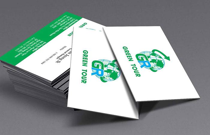 Hãy đưa những thông tin cơ bản nhất lên name card để khách hàng liên lạc lại với bạn